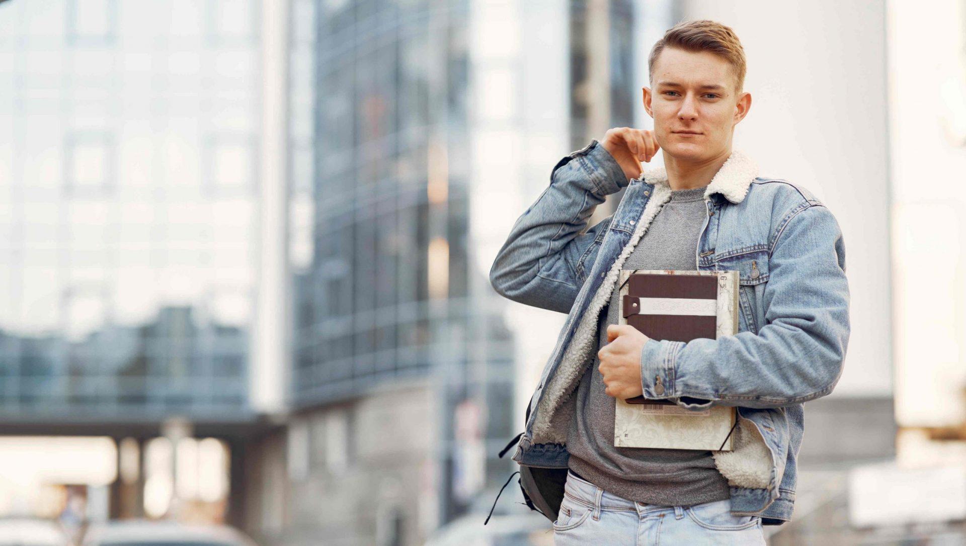 student in danemarca in cautare de job part time