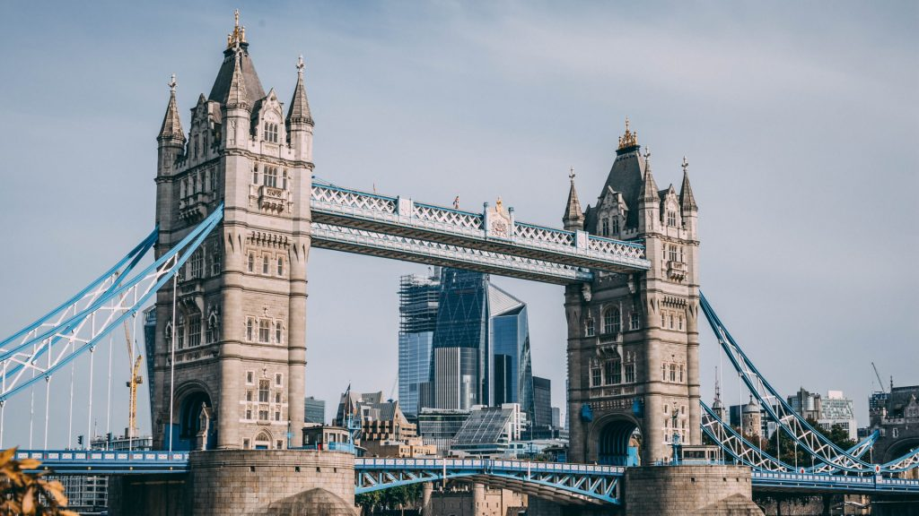 tuition fee loan in marea britanie